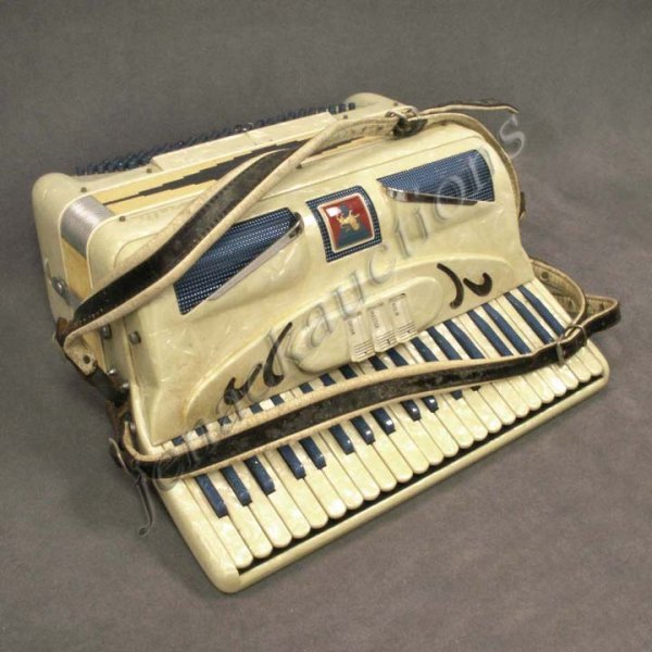 2: VINTAGE CRORELLE PEARLIZED ACCORDION WITH CASE