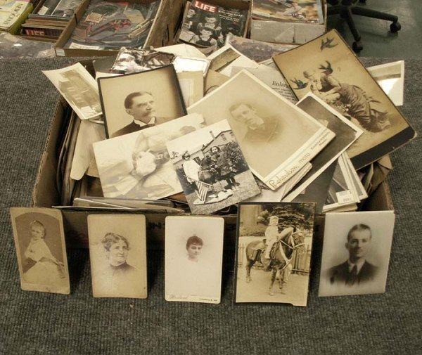 18: LOT ASSORTED PHOTOGRAPHS, CDV'S, CABINET CARDS