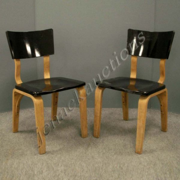 15: PAIR VINTAGE THONET MOD 36 MAPLE SIDE CHAIRS