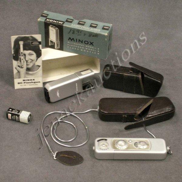 3: MINOX MODEL B CAMERA/CASE; FLASH WITH BOX