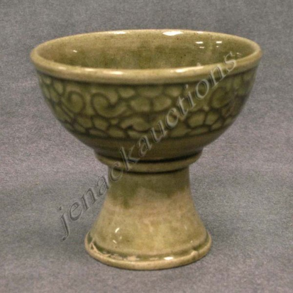 8: CHINESE CARVED POTTERY CELADON WINE CUP