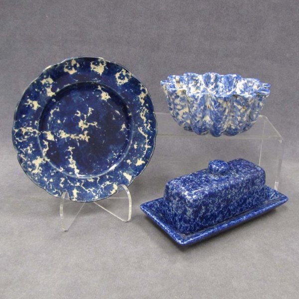 6: LOT (3) SPONGEWARE INCLUDING COVERED BUTTER DISH
