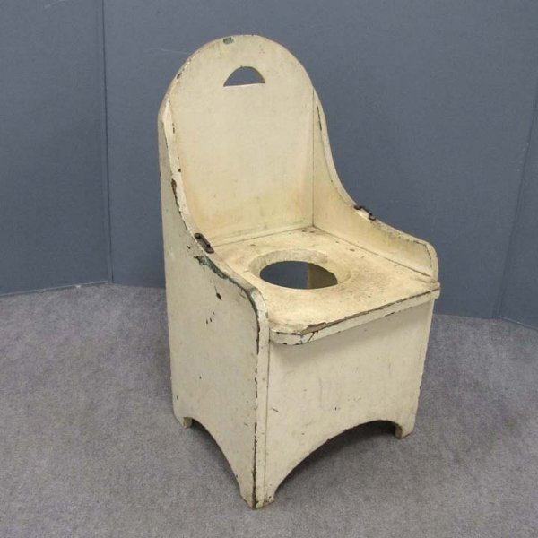 12: PRIMITIVE COUNTRY PAINTED POTTY CHAIR