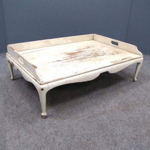 19: QUEEN ANNE STYLE CARVED AND PAINTED BED TRAY