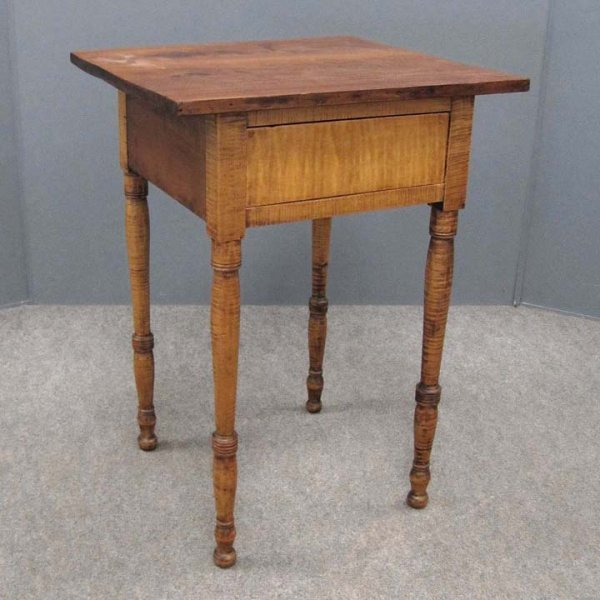 409: COUNTRY SHERATON CHERRY/TIGER MAPLE STAND