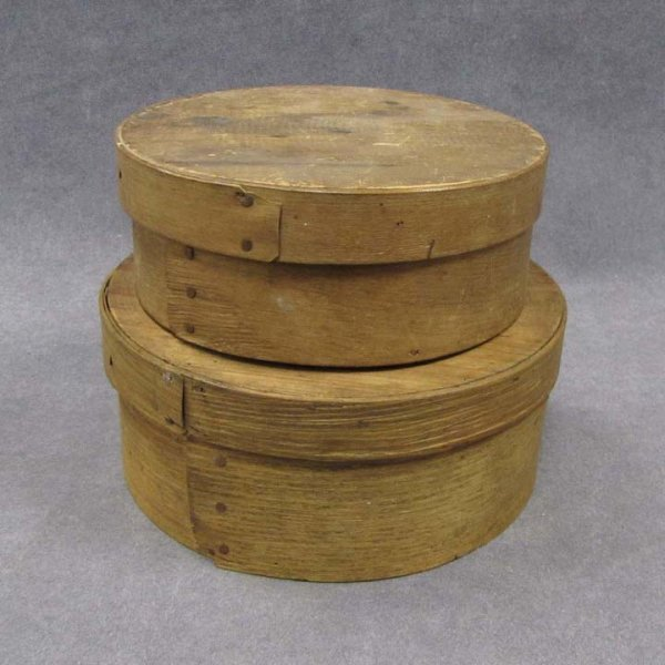 412: LOT (2) SHAKER ROUND PANTRY BOXES, 19TH CENTURY
