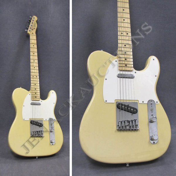 24: FENDER TELECASTER (USA) SOLID BODY ELECTRIC GUITAR