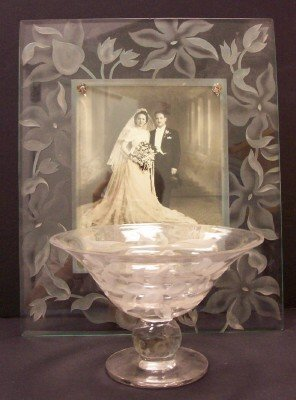 1024: LOT (2) GLASS COMPOTE & PICTURE FRAME