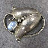 117 GEORG JENSEN FLORALFORM BROOCH WITH MOONSTONE