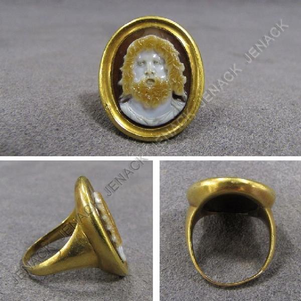 57: ANTIQUE ROMAN CARVED SARDONYX CAMEO RING