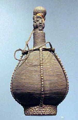 1021: BAUMUM BASKETRY WATER CONTAINER