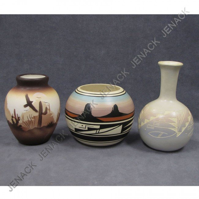 8: LOT (3) SOUTHWEST AMERICAN INDIAN POTTERY