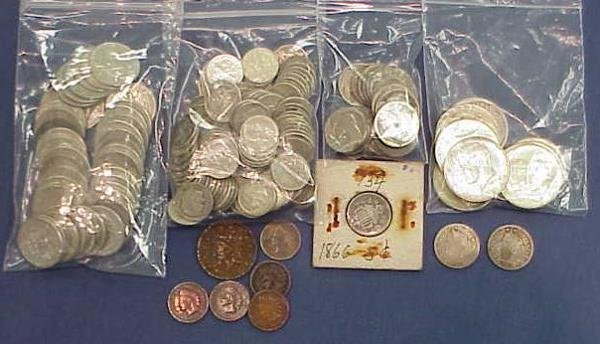 21: LOT (182) ASSORTED U.S. COINS