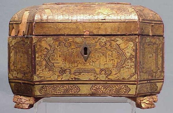 87: CHINESE EXPORT GILT DECORATED TEA CADDY