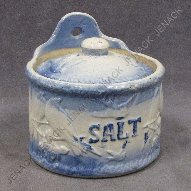 14: BLUE & WHITE STONEWARE COVERED SALT CROCK