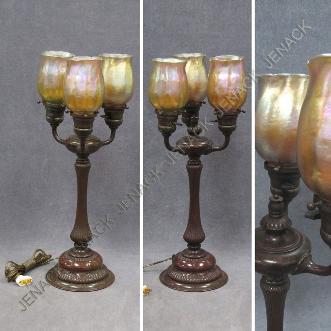 159: TIFFANY STUDIOS BRONZE TULIP TABLE LAMP, SIGNED