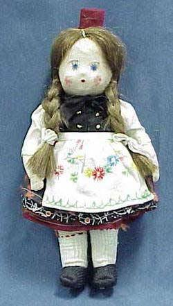 6: CLOTH BODY GIRL DOLL IN BAVARIAN COSTUME