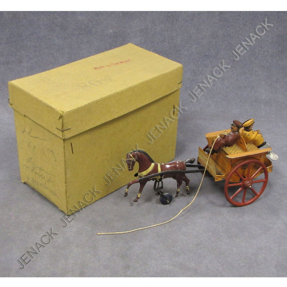 285: GERMAN TIN LITHO KEY-WIND HORSE DRAWN CARRIAGE