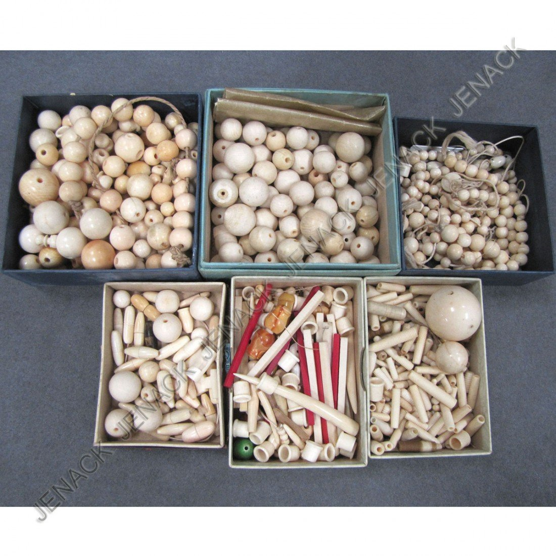 391: LOT ASSORTED IVORY BEADS, CLASPS, SPACERS