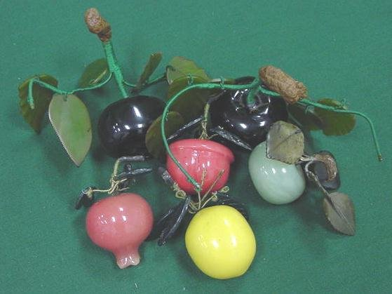 1013: LOT (6) ASSORTED GLASS/MINERAL FRUITS