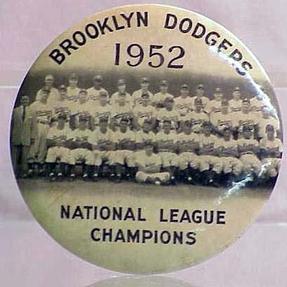 2004: VINTAGE PIN BACK BUTTON 1952