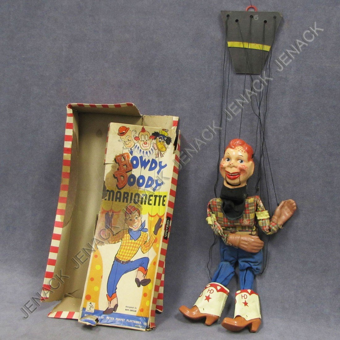 23: VINTAGE HOWDY DOODY PUPPET