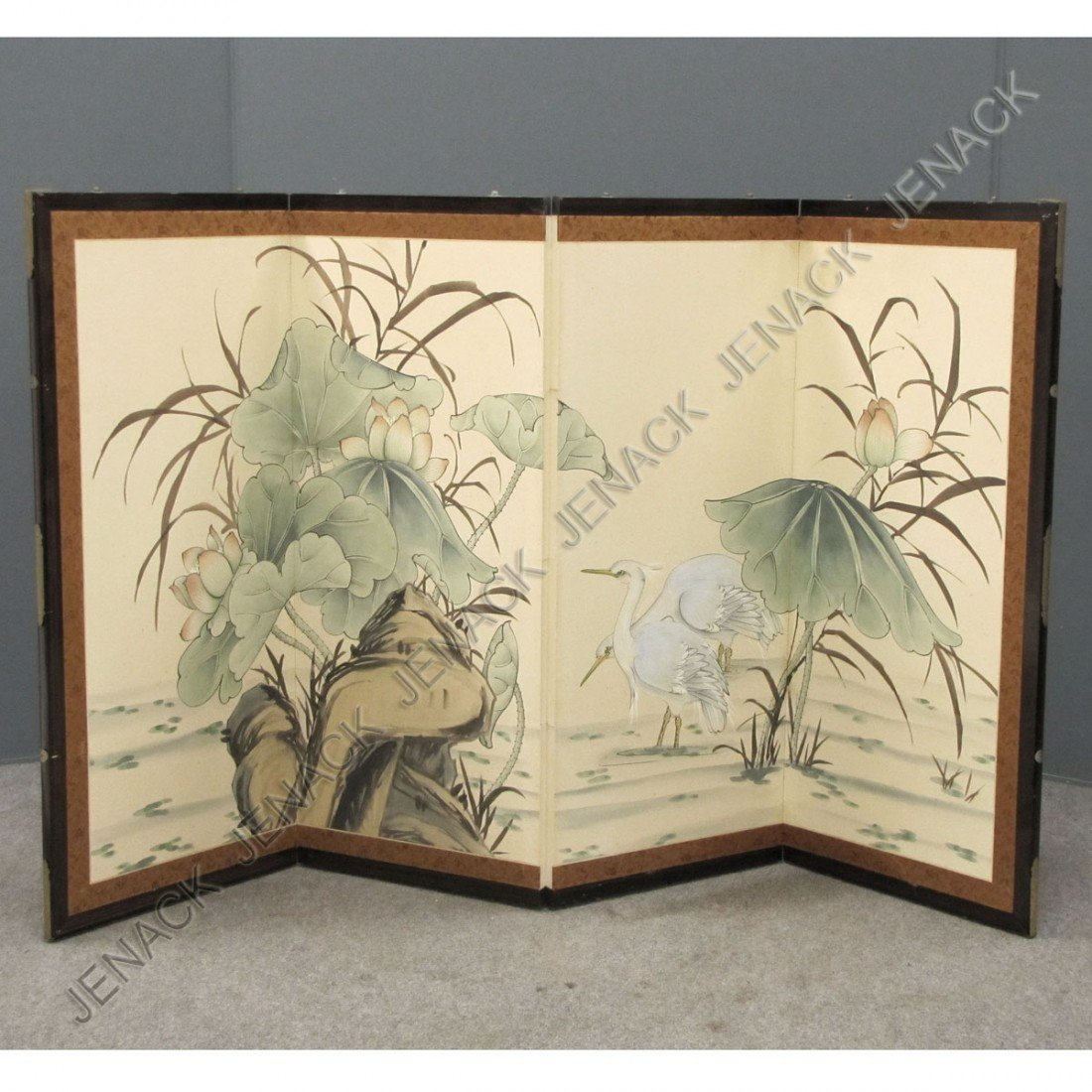 20: JAPANESE HAND PAINTED TABLE SCREEN