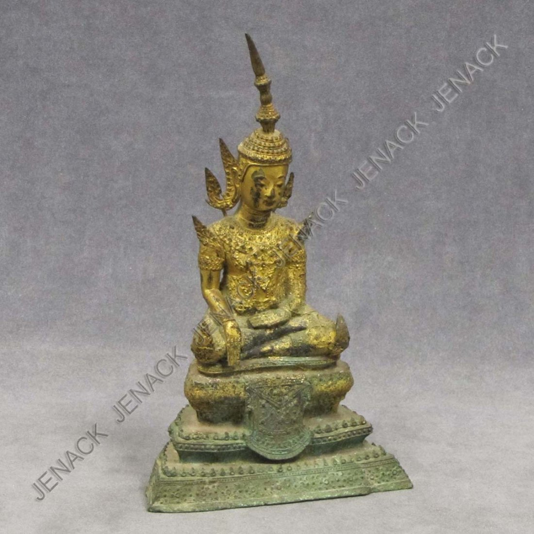 21: THAI GILT BRONZE SEATED BUDDHA