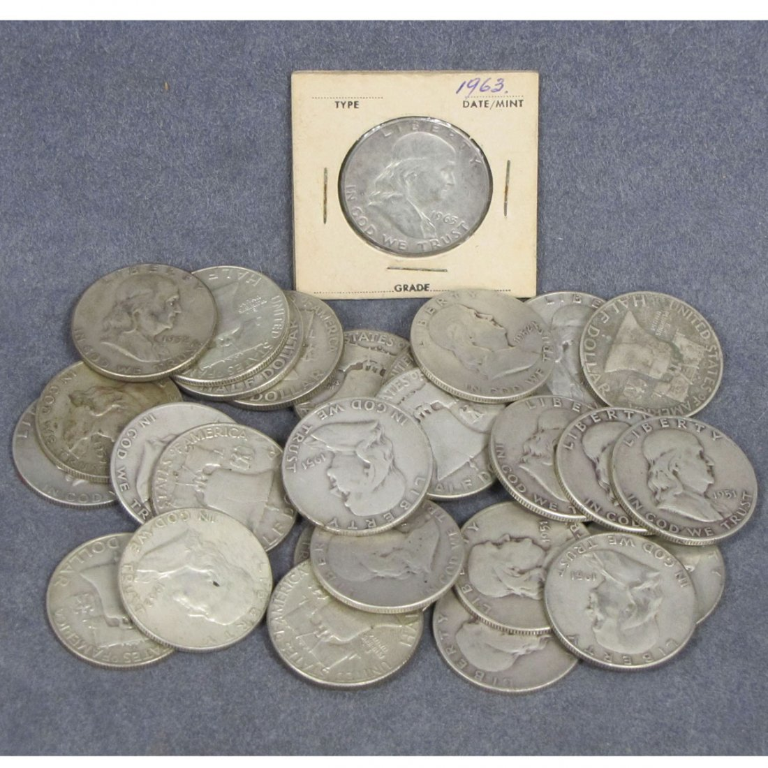 62: LOT (32) ASSORTED FRANKLIN SILVER HALF DOLLAR COIN