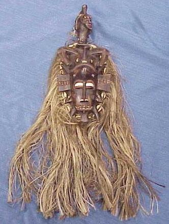 13: CARVED PAINTED SENUFO MASK WITH RAFFIA