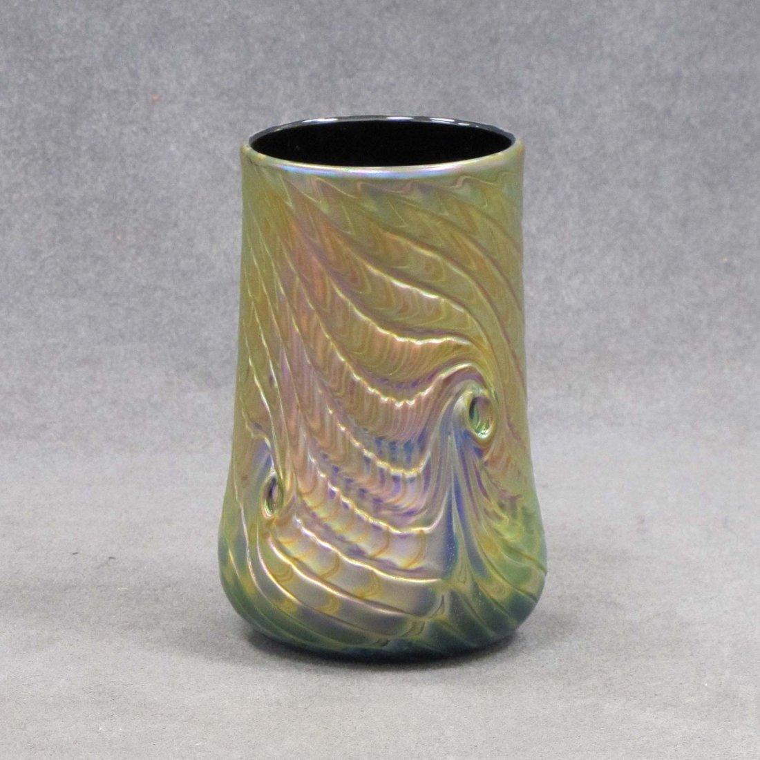 6: IRIDESCENT ART GLASS PEACOCK FEATHER VASE