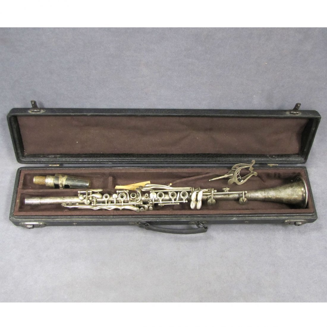 VINTAGE SILVER PLATED CLARINET WITH CASE