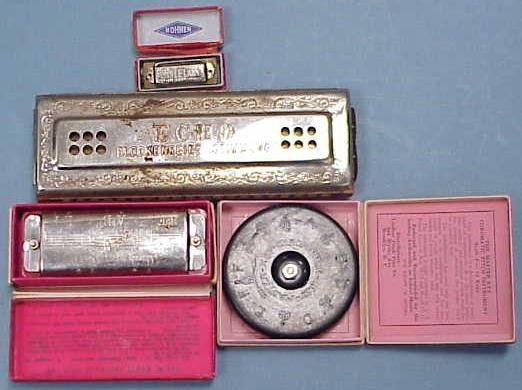 2004: LOT (4) HARMONICAS INCL HOHNER