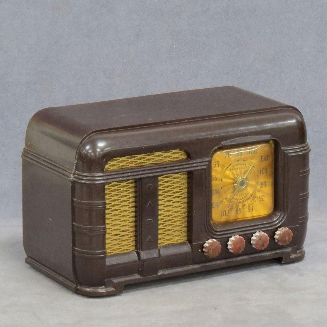 FADA MODEL 790 STANDARD BROADCAST RADIO