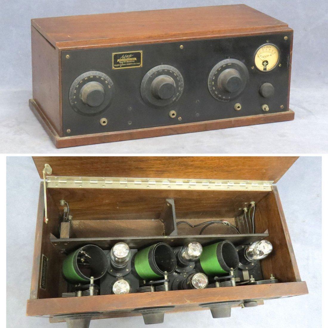 WARE MODEL W NEUTRODYNE TABLE TOP BATTERY RADIO
