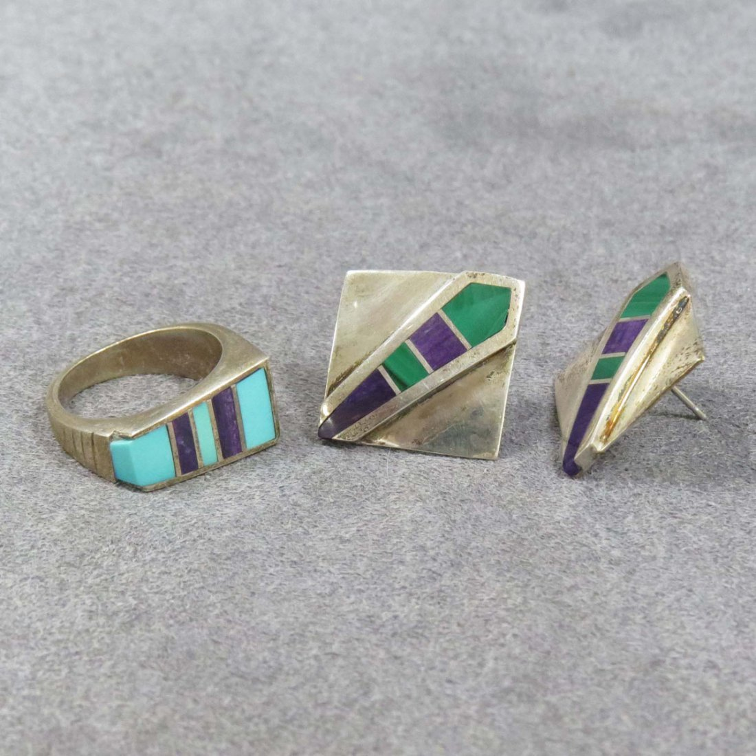 SET NORTH AMERICAN INDIAN STERLING INLAID RING