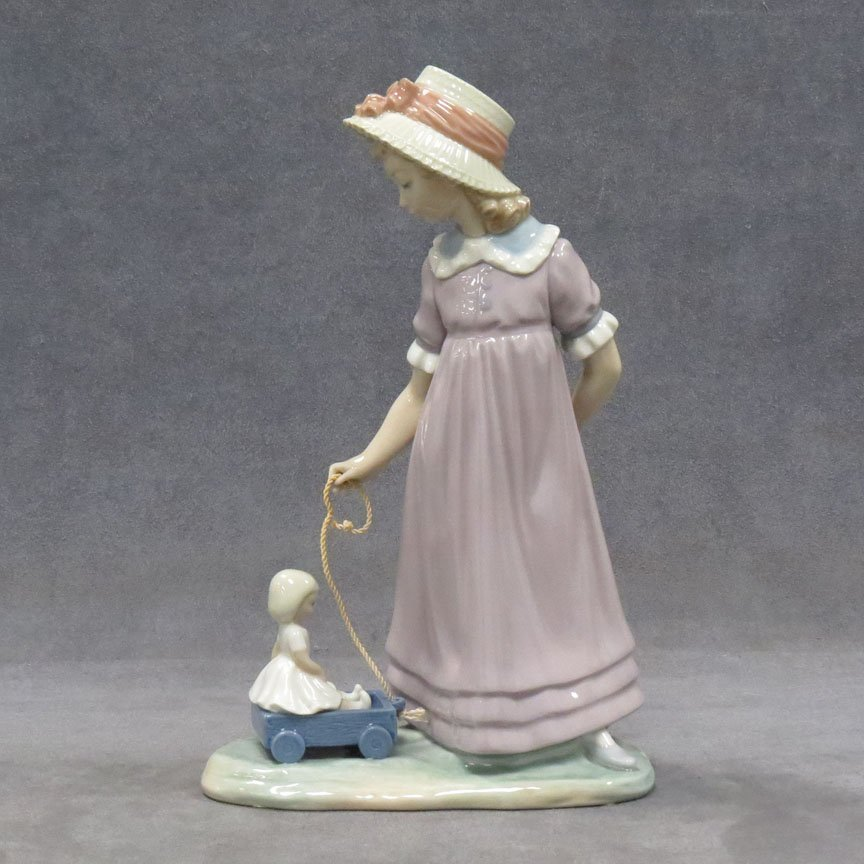 "LLADRO PORCELAIN FIGURE, ""GIRL WITH TOY WAGON"""