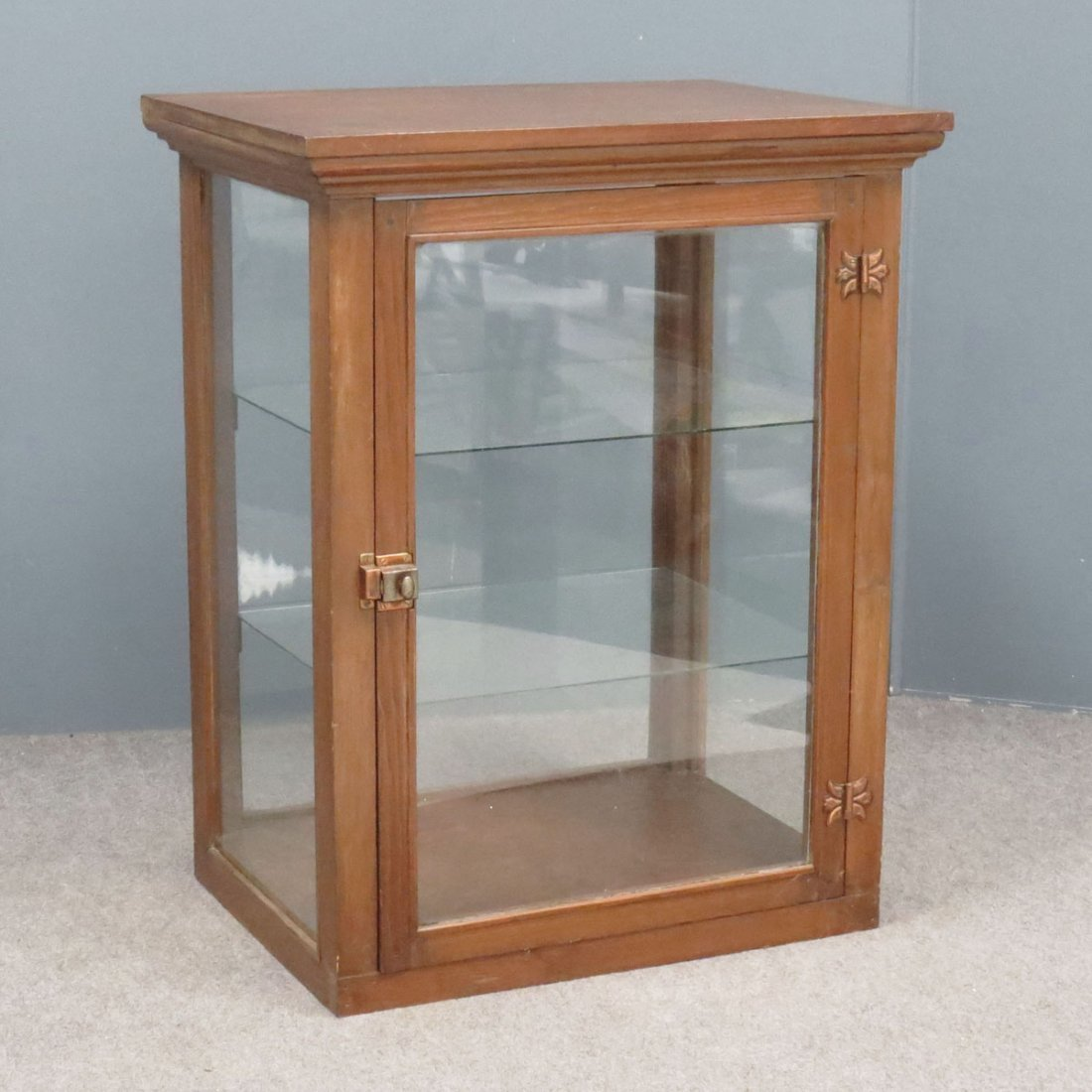 COUNTRY PINE COUNTER-TOP DISPLAY CABINET