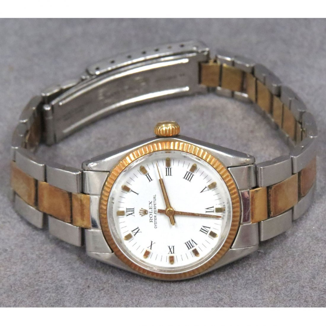 VINTAGE WOMAN'S ROLEX OYSTER PERPETUAL WATCH