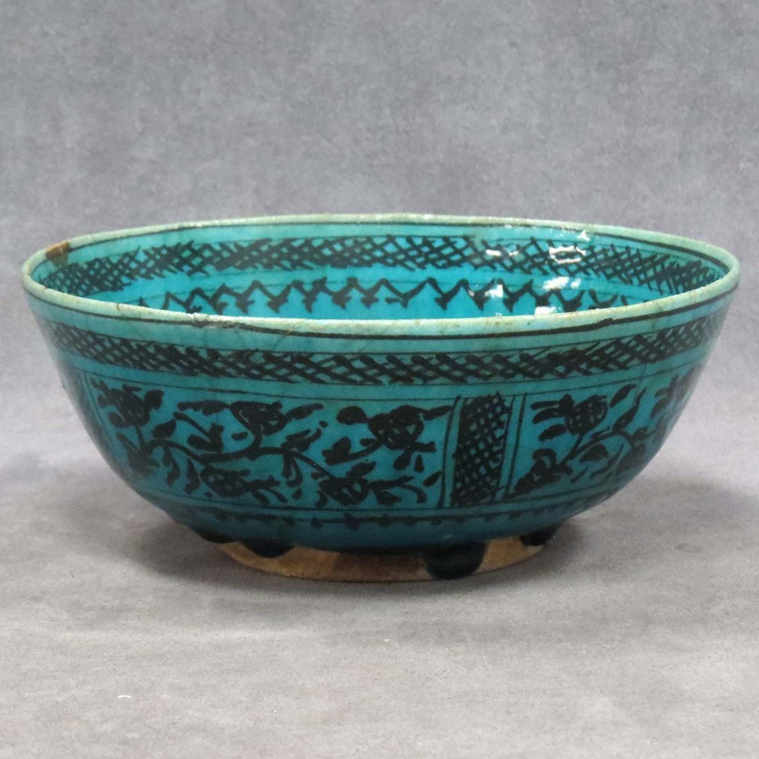 ISLAMIC DECORATED POTTERY BOWL, SULTANABAD