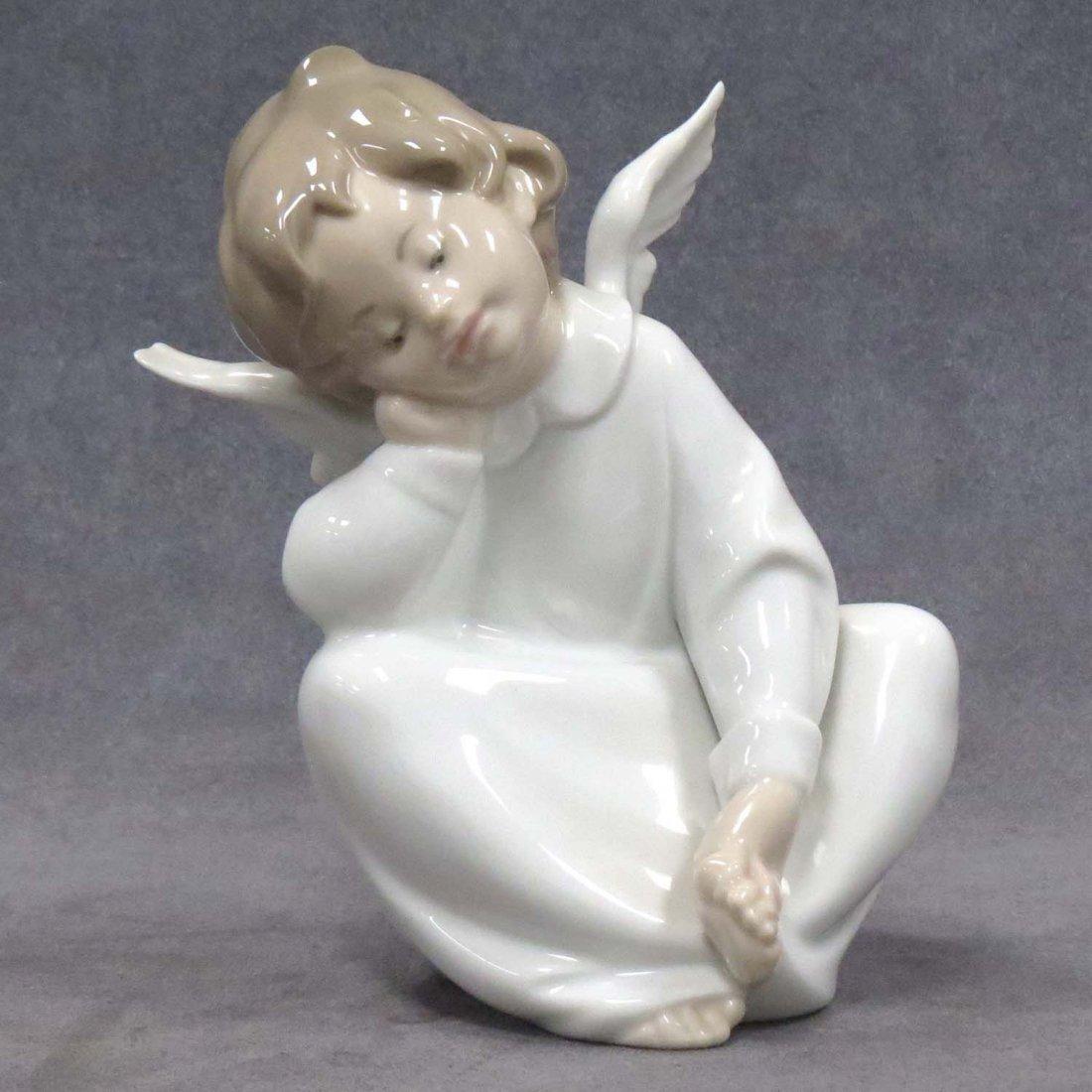 LLADRO FIGURE OF AN ANGEL