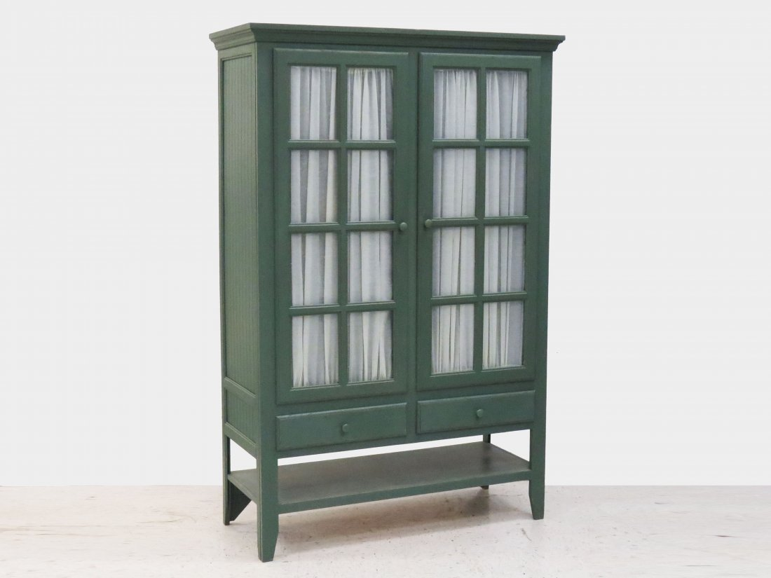 COUNTRY PAINTED OAK DOUBLE DOOR CABINET