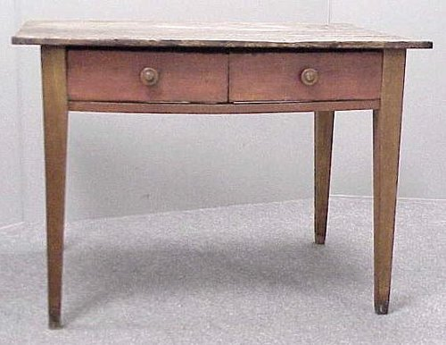 14: COUNTRY HEPPLEWHITE CHERRY TABLE