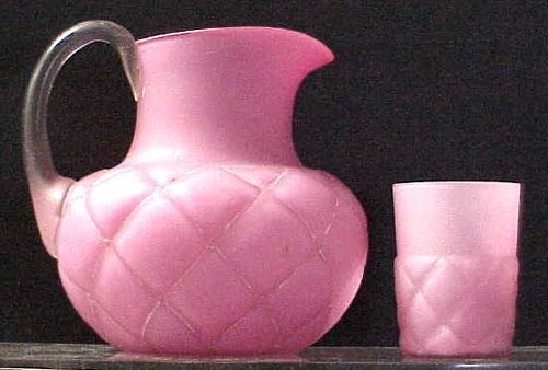 172: VICT QUILTED PINK SATIN GLASS PITCHER