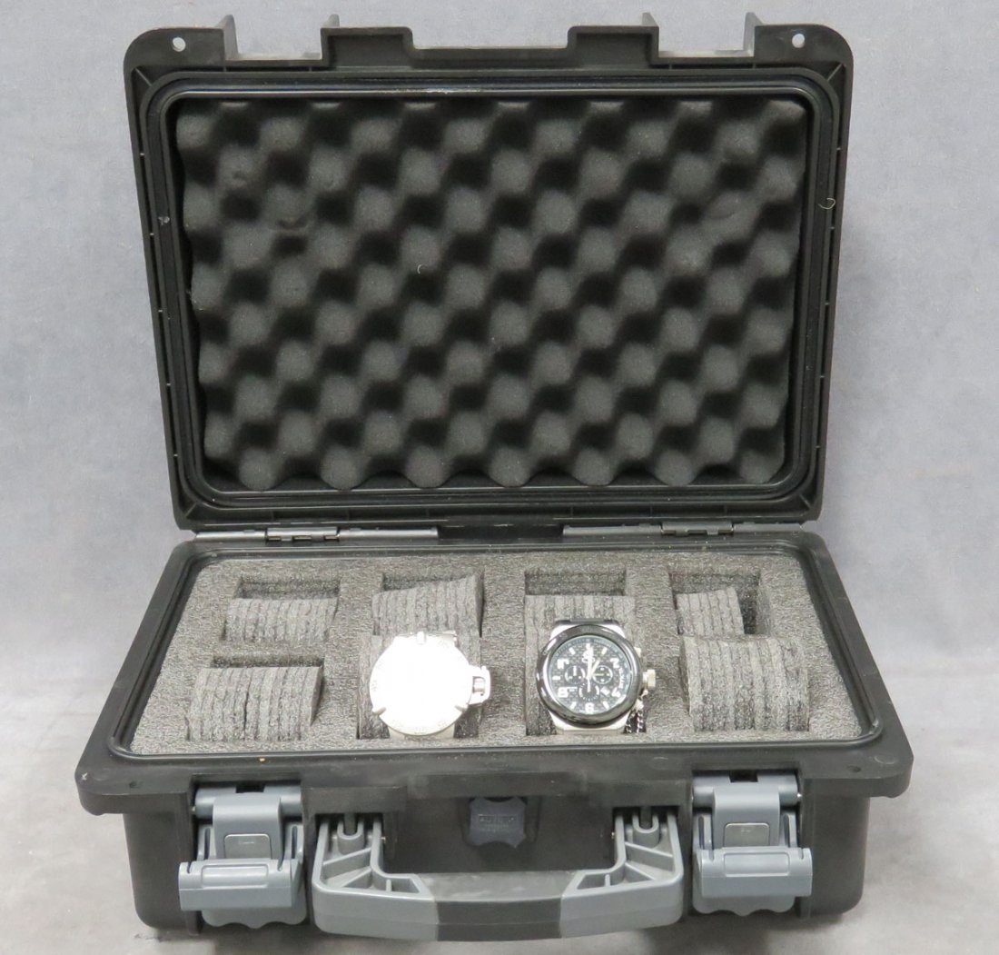 LOT (3) INCLUDING INVICTA WATCHES, CASE - 3