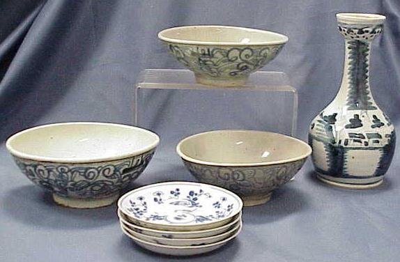 1013: (8) ASST LATE MING/CHING BLUE/WHITE PORCELAINS