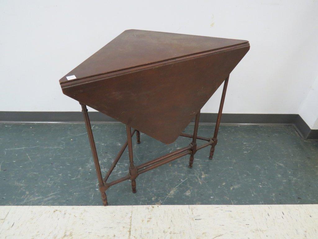 VINTAGE SHERATON STYLE MAHOGANY HANDKERCHIEF TABLE
