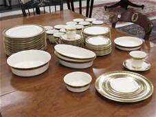 SET LENOX TUDOR GILT DECORATED DINNER SERVICE