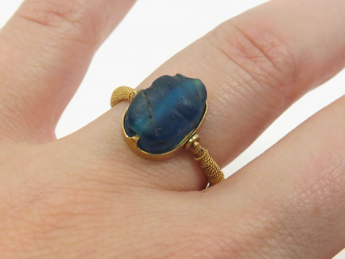 ANTIQUE EGYPTIAN REVIVAL YELLOW GOLD RING