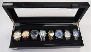 LOT INCLUDING LACQUERED WRISTWATCH CASE